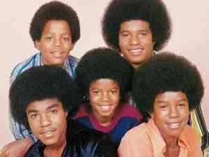 L-R: Tito, Marlon, Michael, Jackie, Jermaine